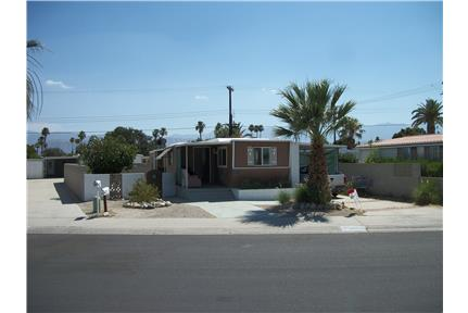 Only $1250 nice 2/1 55+ for rent in Thousand Palms, CA