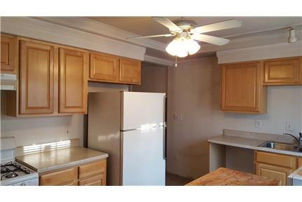 Large One Bedroom Apartment In Kansas City Mo