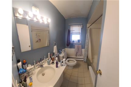 Picture of House for Rent at 203 North Beverwyck Road, Lake Hiawatha, NJ 07034