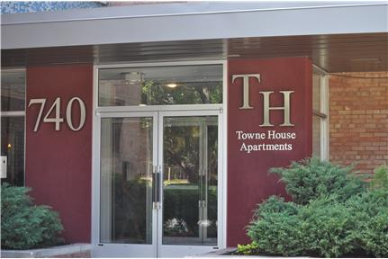 1 2 Bedroom Apartment In Lancaster Pa For Towne House Apartments