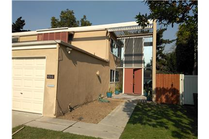 2 BD, 3 BTH TOWNHOME for rent in Long Beach, CA