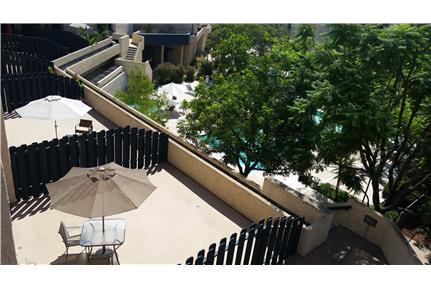 Hillside Serene Condo with in-house washer/dryer for rent in Los Angeles, CA