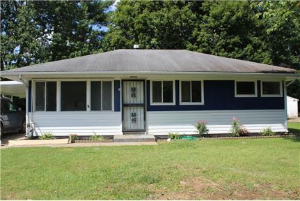 3 Bedroom 1 Bath Home with Great Yard
