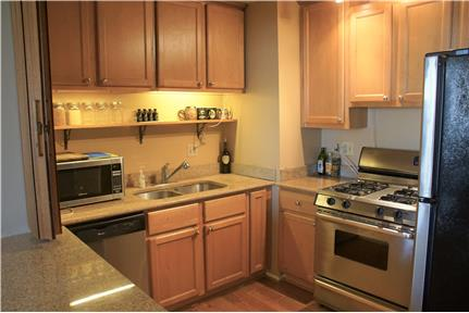 Picture of House for Rent at 2025 E Greenwich Ave, Unit 217, Milwaukee, WI 53211