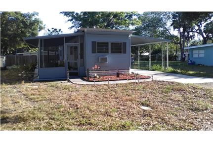 SNOWBIRDS  WELCOME !!  Furnished  2 bedrrom for rent in New Port Richey, FL