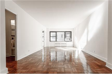 Beautiful flex 2 in Lovely Sutton Place! for rent in New York, NY