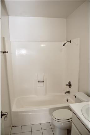 Picture of Apartment for Rent at 11659 Chandler Blvd North Hollywood, CA 91601