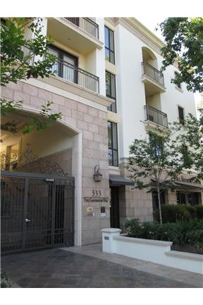 2 BD/ 2 BA Modern Spacious Condo w/ Over 1200 Sq F for rent in Pasadena, CA