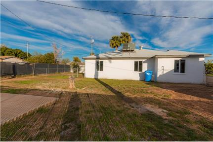 Picture of House for Rent at 18th Ave & Indian School Rd, Phoenix, AZ 85015