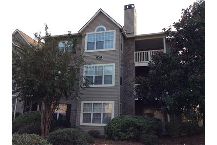 Furnished 2 BR, 2 BA condo at Hoover Creek