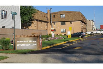 2 br 1 bth apt. bus to NYC No Broker Fee for rent in Secaucus, NJ