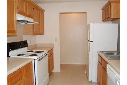 Picture of Apartment for Rent at 5325 North Oak Street, Office Springdale, AR 72764