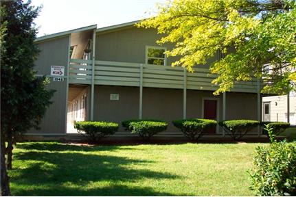 Studio Available At McDaniel Street Apartments for rent in Springfield, MO