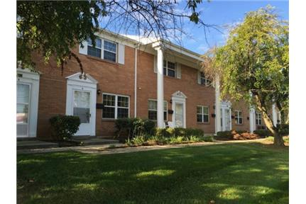 Colonial Style Townhouse for rent in Springfield, OH