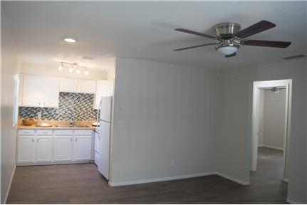 Picture of Apartment for Rent at 11716 N 58th St Tampa, FL 33617