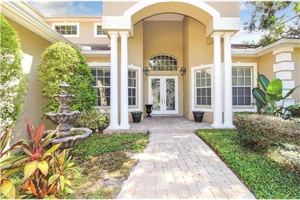 LARGE UPDATED 5 BEDROOM HOUSE for rent in Tarpon Springs, FL