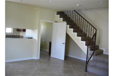 Picture of Apartment for Rent at 15710 Cohasset Street Van Nuys, CA 91406