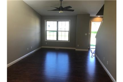Picture of House for Rent at 101 Gold Dr., Warrenton, MO 63348