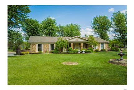 Gorgeous 3,000 Sq. Ft. Estate on 15 Acres w/ Pond! for rent in Warrenton, MO